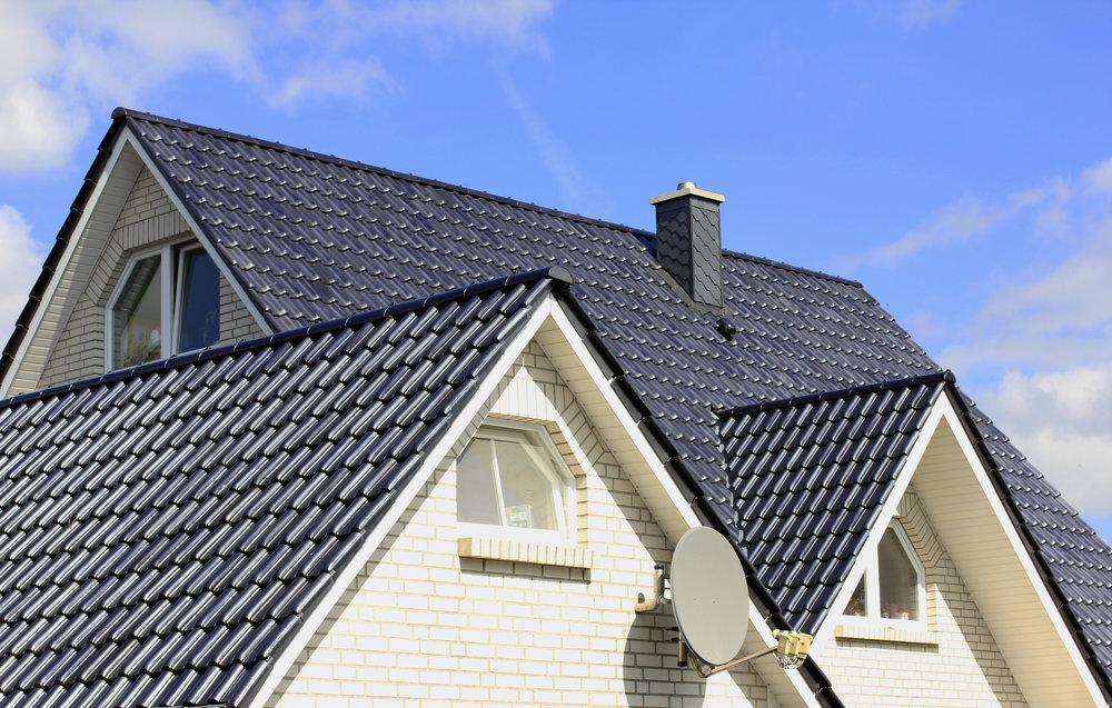 Quels matériaux choisir pour avoir un toit résistant ?